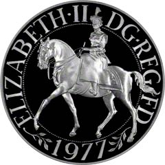 Equestrian Portrait of the Queen on a 1977 Silver Jubilee Crown