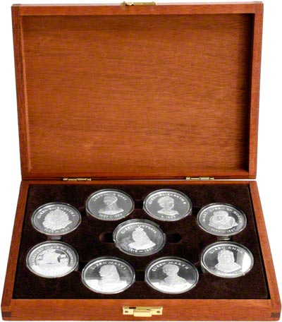 1977 Queens of the British Isles Collection in Presentation Box