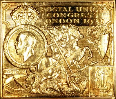 Gold Medallic Replica of 1929 PUC £1 Stamp