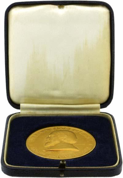 1964 William Shakespeare 400th Anniversary Gold Medallion in Presentation Box