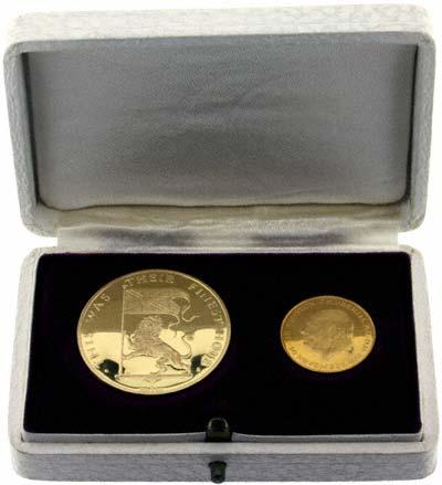 1965 Churchill Gold Medallions in Presentation Box