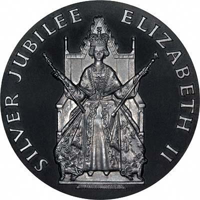 Obverse of 1977 Silver Jubilee Platinum Medallion