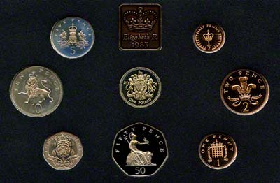 Reverse of the 1983 Royal Mint Proof Set