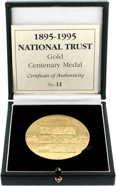 1995 Royal Mint Centenary National Trust Gold Medallion in Presentation Box
