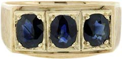 Gent's Three Stone Sapphire Ring in 18ct Yellow Gold