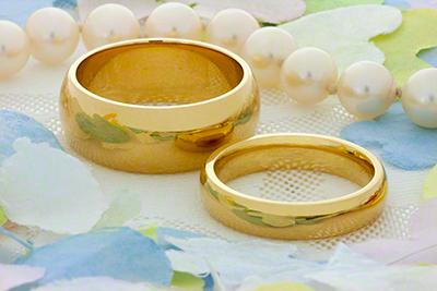 18 Carat Yellow Gold Wedding Rings